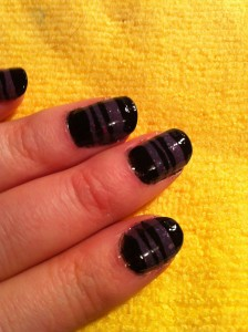 glitter purple under black stripe pattern